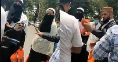 मुस्लिम महिलाओं को हिंदुओं की दुकानों से कपड़े खरीदने से रोका, पुलिस ने 5 को किया गिरफ्तार